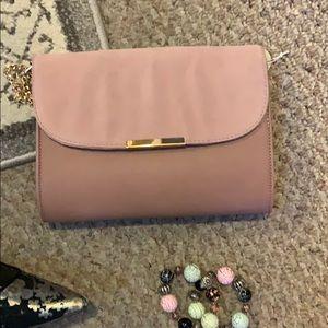 👛 NWT Pink Blush Clutch Bag